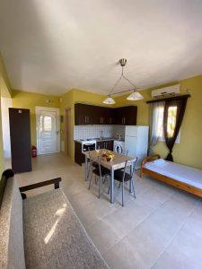 Ενοικιαζόμενα δωμάτια Μεσσηνία Καμάρια, ενοικιαζόμενα διαμερίσματα Μεσσηνία Καμάρια, ξενοδοχείο Μεσσηνία Καμάρια. Διαμονή Μεσσηνία Καμάρια, καταλύματα Μεσσηνία Καμάρια, Evdia & Charoupia